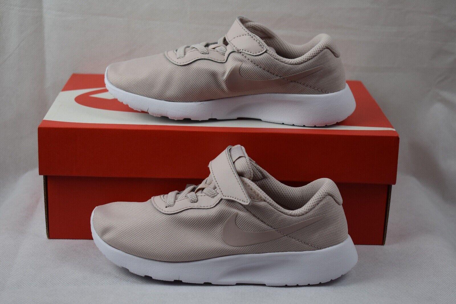 buy popular 0af5b d01d7 Turnschuhe Nike Mädchen 31 Test Vergleich +++ Turnschuhe ...