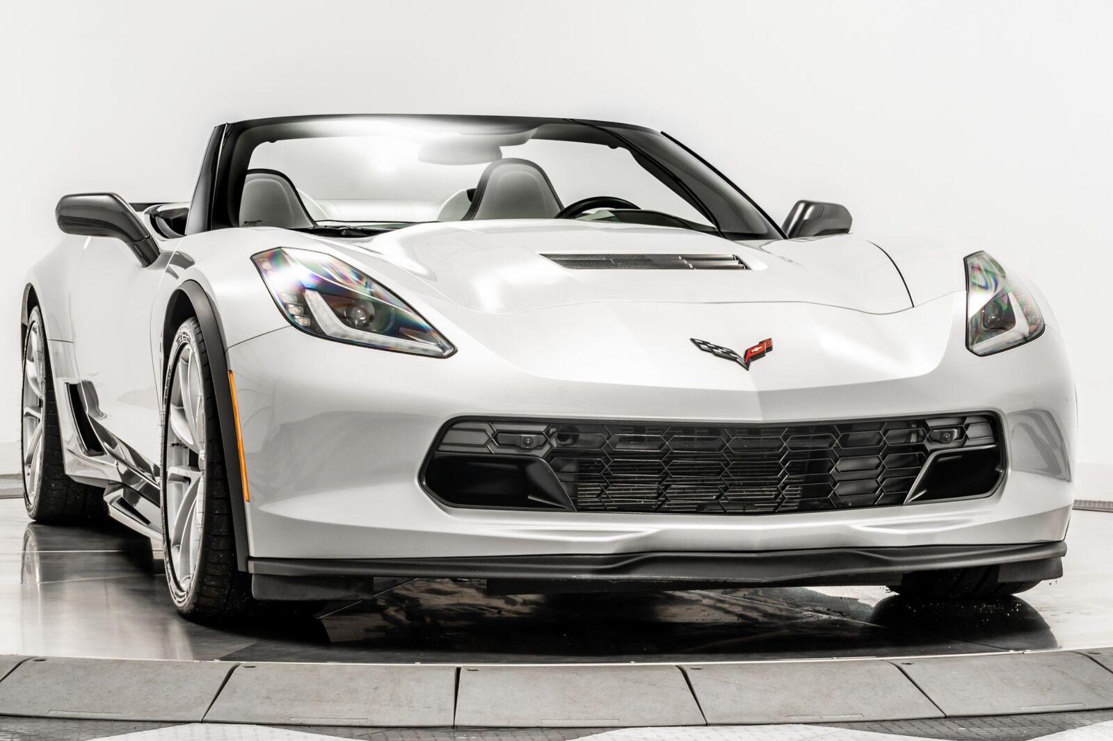 2019 Silver Chevrolet Corvette Grand Sport 2LT | C7 Corvette Photo 2