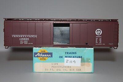 HO Scale Athearn 5059 Pennsylvania 50' Single Door Boxcar Kit 118489 L2119