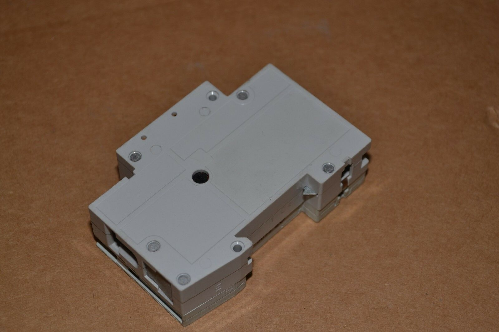 Siemens 5sx21 With 5sx91 Hs C4 4a 1pole Circuit Breaker 600 Details About C5 230 400v 5 Amp 2 Of 3