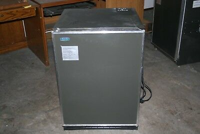 Used, Marvel Industries Lab Freezer Refrigerator 6CRF0600, 115/230 Volt, 50/60 HZ, 1PH for sale  Apollo