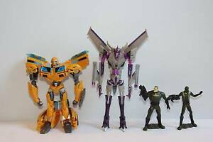 Transformers Bumblebee and Starscream Margate Redcliffe Area Preview