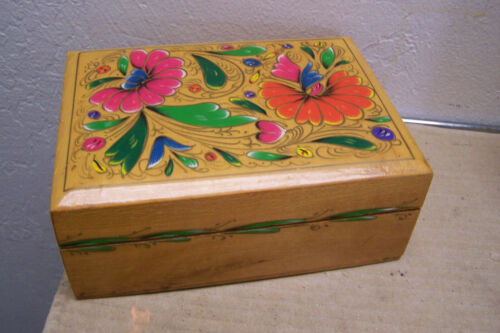Delicately Painted Floral Pattern Wooden Jewelry/Earring Box Cholula, Mexico