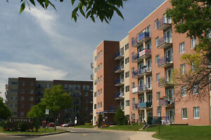 Great 2 bedroom apartment for rent in Pointe-Claire!