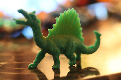 Realistic Dinosaurs bootleg of Arco's The Sword & the Sorcerer dragon figure #3 (Realistic Toy Swords)