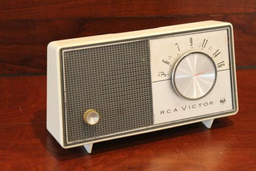 RCA Victor AM Tube Radio - Parts/Repair
