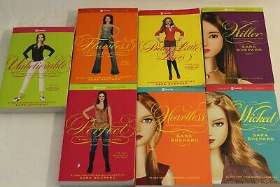 New york times best seller Sara Shepard- Pretty Little Liars Novels lot of