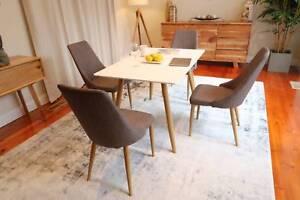 Beautiful Minimal Hus Style Dining Table Set