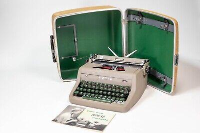 Vintage 1953 Royal Quiet De Luxe Manual Typewriter Portable w/ Original Case