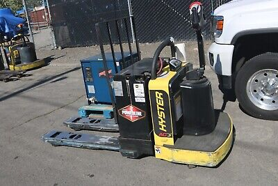 Hyster Electric Pallet Jack B60zhd 6000lbs Low Hours 2017 With Charger