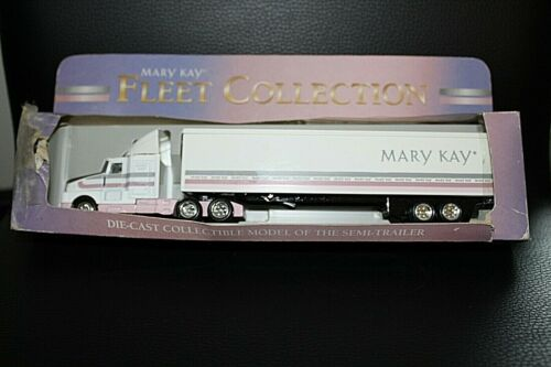 VTG MARY KAY Die Cast Semi-truck Fleet Collection in box