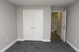 Shared Student Apts in Downtown London - ALL INCLUSIVE + WIFI London Ontario image 11