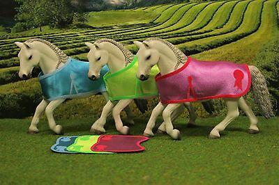 Turnier-Decke Schabracke SET Zubehör passend für Schleich Pferde Satteldecke