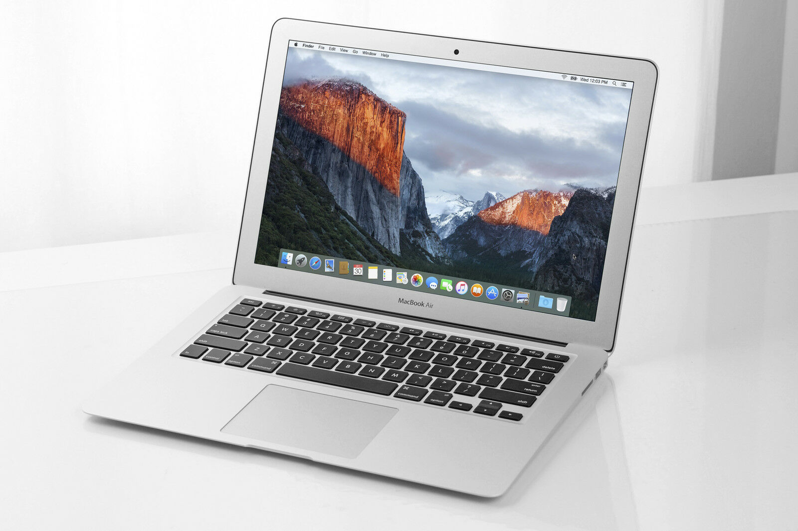 Apple MacBook Air ( 13 - inch, 2017) Review: It s Still Good