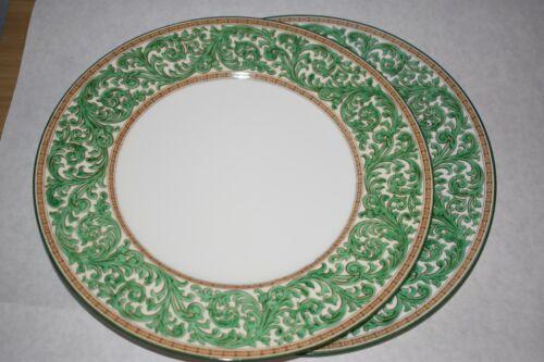 2 Wedgwood Praze Green  Dinner Plates  Green white gold