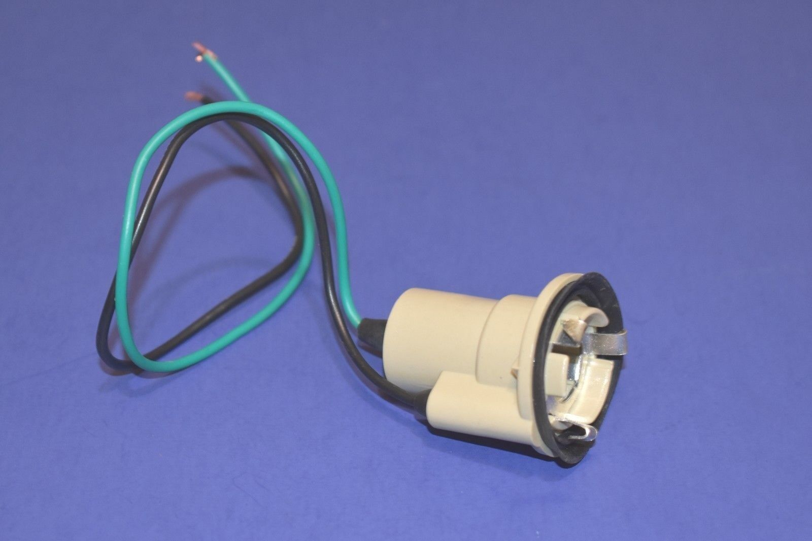 Chevy GMC Truck Single Contact Back Lamp Reverse Light Socket 1973 - 1991