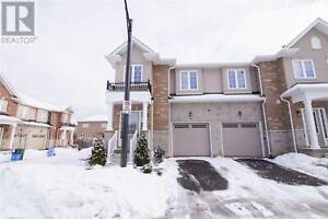 ##16 -90 RAYMOND RD Hamilton, Ontario