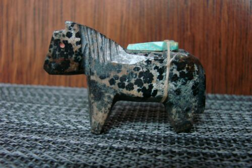 Vintage Zuni Fetish Carved Stone Horse By Rosalia Quam (d) Native American