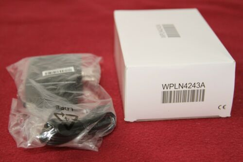 MOTOROLA TRBO IMPRES SINGLE UNIT CHARGER  PMPN4137A/WPLN4243A WITH 25009297001