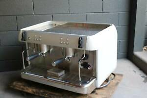 COMMERCIAL COFFEER MACHINE - IBERITAL 2 GROUP ESPRESSO MACHINE