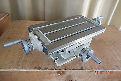 Kreuztisch AKP 1 - 304 , 425 x 240 mm, mit Drehteller NEU