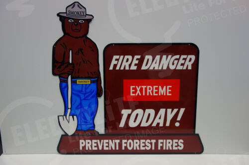 """SMOKEY THE BEAR STEEL ENAMEL EXTREME FIRE DANGER TODAY SIGN. LARGE 28"""" BY 28"""""""