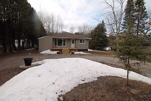 JUST LISTED $278,000 Bungalow in Bobcaygeon