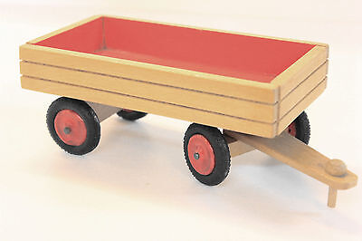kleiner Anhänger aus Holz (DDR)