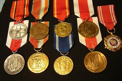 POLOGNE LOT DE 9 PIECES