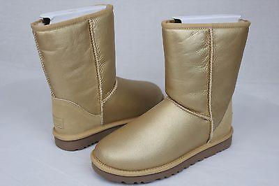 Metallic Classic Short (UGG CLASSIC SHORT METALLIC GOLD SUEDE SHEEPSKIN BOOTS WOMENS SIZE 7 US)