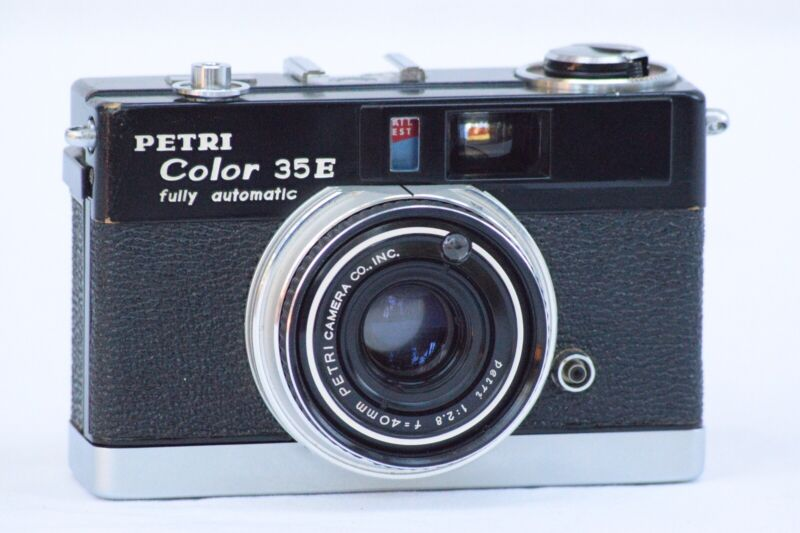 Petri Color 35E Vintage 35mm Rangefinder Film Camera Untested
