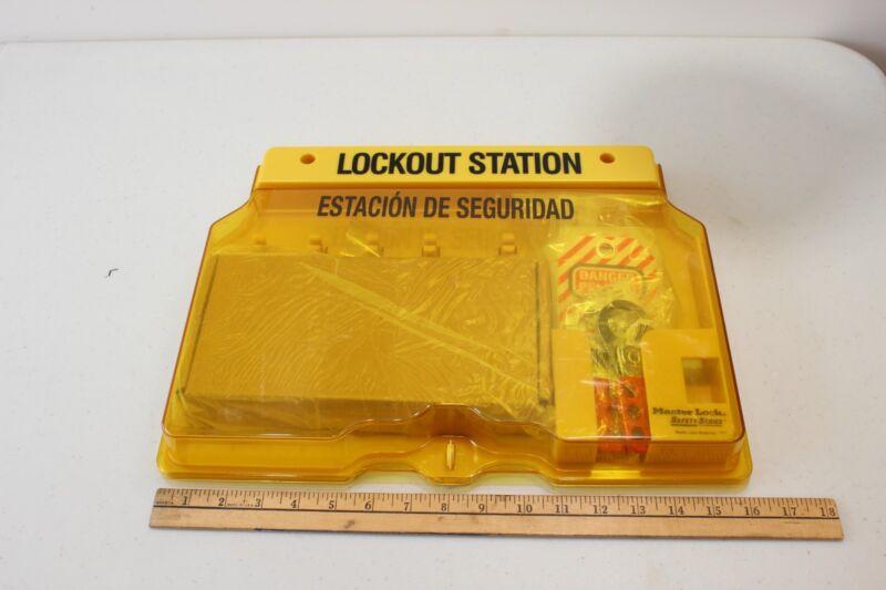 Masterlock Safety Series Model No.1482  lockout station