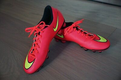 purchase cheap 6077e bc9ab Nike Soccer Cleats Size 7.5 Women s Pink Orange Yellow Mercurial