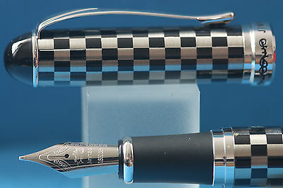 New Jinhao x750 Checkerboard Medium Fountain Pen with Chrome Trim, UK Seller