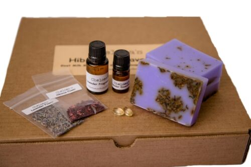Hibiscus and Lavender Goat Milk Glycerin Soap Making Kit