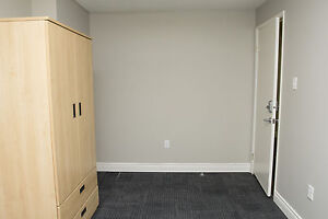 Shared Student Apts in Downtown London - ALL INCLUSIVE + WIFI London Ontario image 12