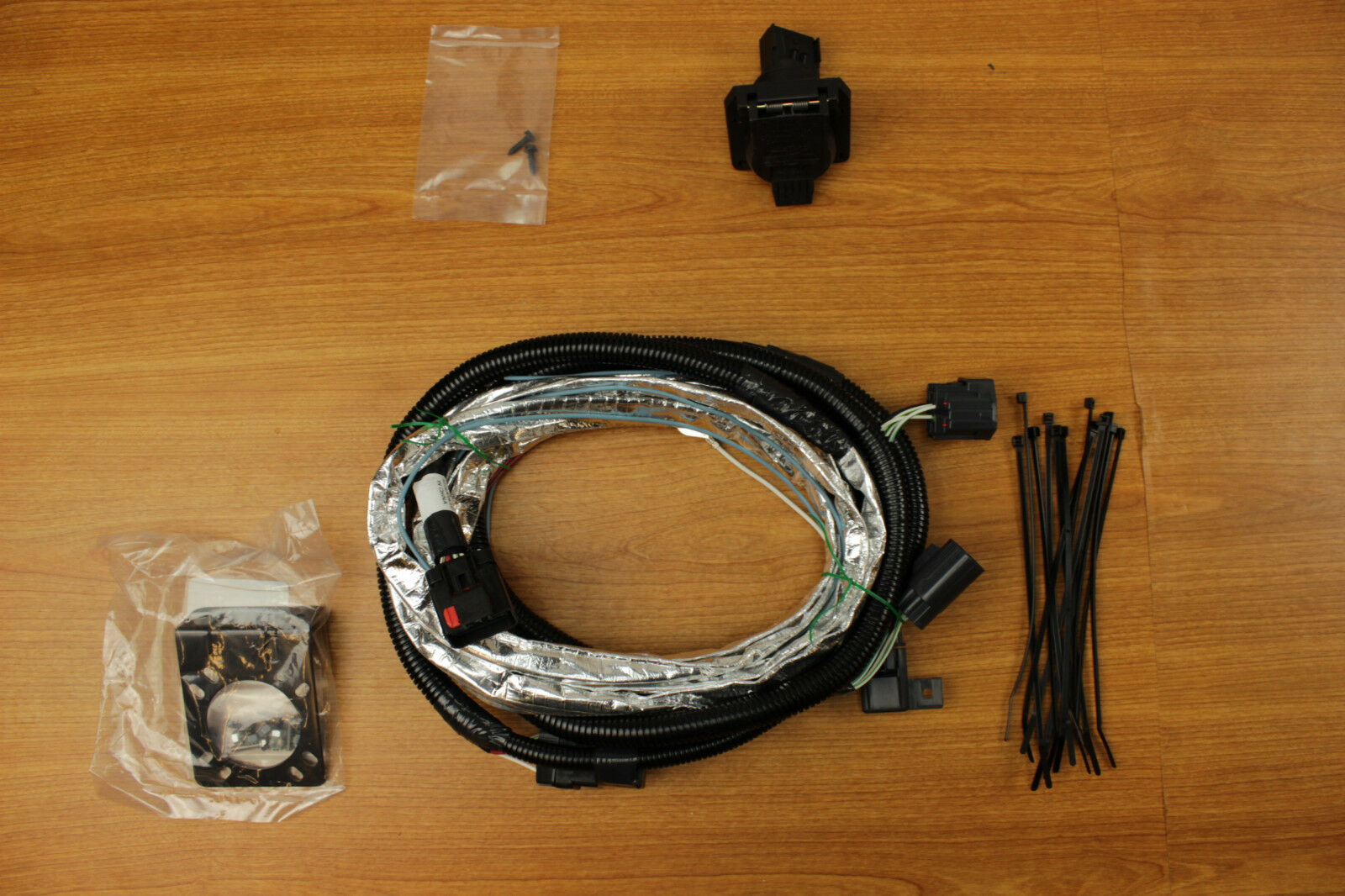 Jeep Jk Flat Tow Wiring Harness : Jeep wrangler jk way trailer tow hitch wiring