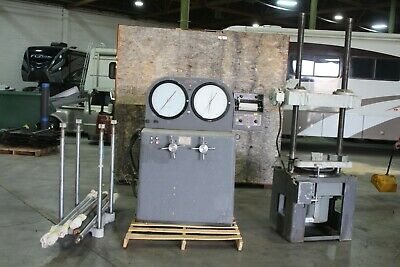 Tinius Olsen Testing Machine Co. No.11302 120000 Lb Cap Compression Tensile