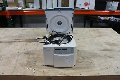WORKING IEC MICROMAX 35900830 Centrifuge w/Rotor