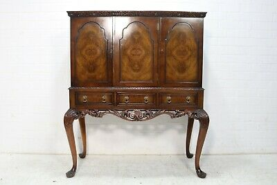 VINTAGE CARVED MAHOGANY DRINKS CABINET ON CABRIOLE LEGS