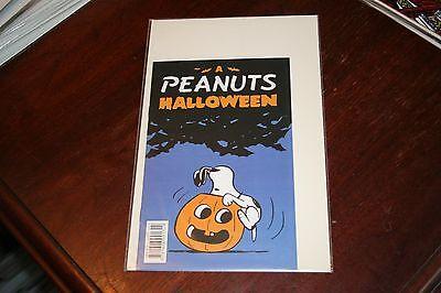 W12 A PEANUTS HALLOWEEN ASHCAN COMIC 2008 CHARLIE BROWN SNOOPY HIGH GRADE NM - Peanuts Halloween Comics