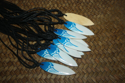10 Airbrushed Wooden Surfboard Necklaces Wholesale Blue White