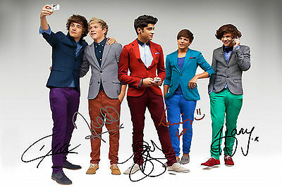 """1D One Direction PP Signed band photograph 6"""" x 4"""" Harry Zayn Liam Niall Louis!"""