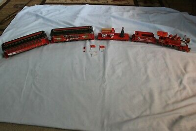 5 Piece Hawthorne Village Christmas Budweiser Train Set w/ Wagon & Tree