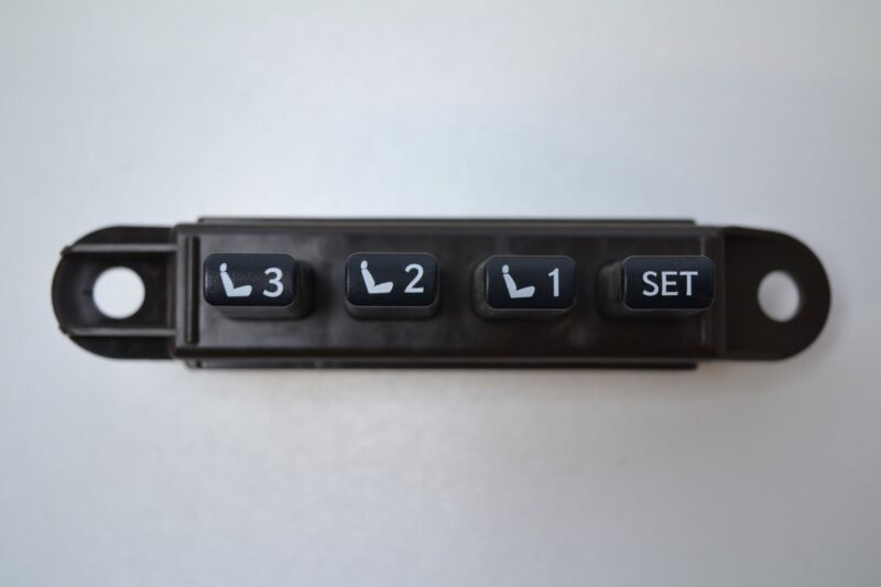 LEXUS GS 450H 2007 SALOON RHD FRONT RIGHT SIDE SEAT MEMORY SWITCH 15A911 15A912