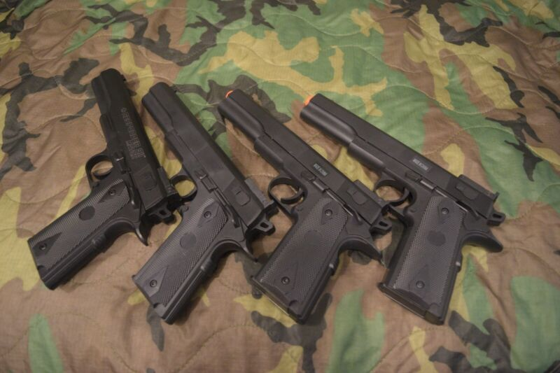 Lot of airsoft spring pistols
