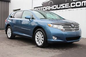 2012 Toyota Venza AWD! SUNROOF!