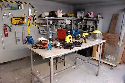 I'm selling my shop, £1000 worth of tools and scaffolding pipes joblot