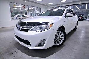 2013 Toyota Camry Hybrid  XLE HYBRID, CLEAN CARPROOF, NON SMOKER