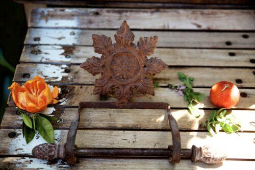 Vintage Rustic Cast Metal Farmhouse Floral Design Towel Hanger